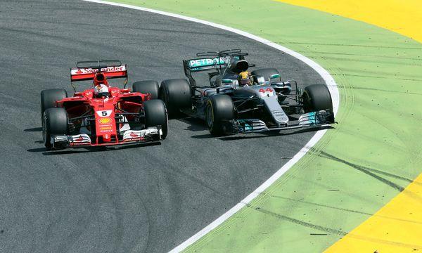 Barcelona, Baku, garantiert auch in Spielberg: Das Rad-an-Rad-Duell von Sebastian Vettel und Lewis Hamilton findet seine Fortsetzung. / Bild: (c) REUTERS (Albert Gea)