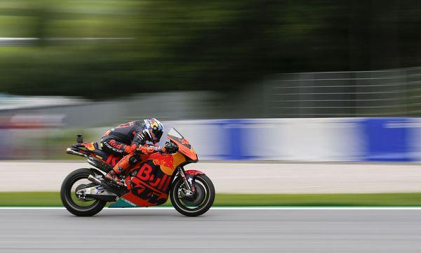 KTM-Pilot Pol Espargar´o klassierte sich am ersten Trainingstag als Zwölfter sogar vor Altstar Valentino Rossi. / Bild: (c) APA/ERWIN SCHERIAU