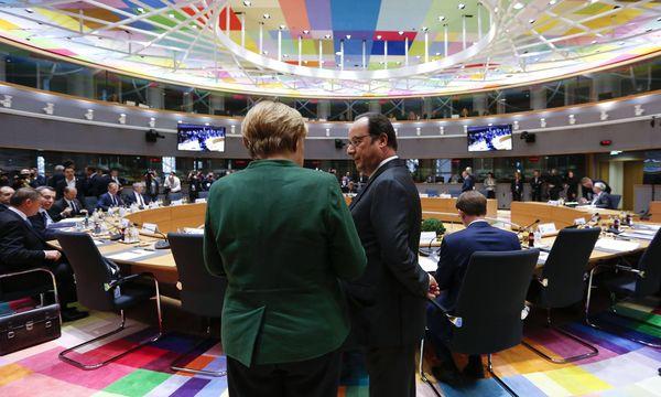 Kanzlerin Merkel und Frankreichs Staatschef Hollande beim Brüssel-Gipfel: Die Zukunft der EU stand im Zentrum; das Thema Türkei wurde am Rande besprochen. / Bild: imago/Xinhua