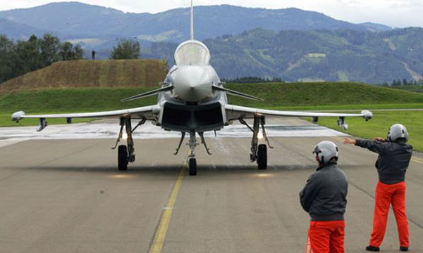 Pannenserie bei Eurofightern? / Bild: Archivfoto - Österreichischer Eurofighter im Jahr 2007 (c) AP (Markus Leodolter)