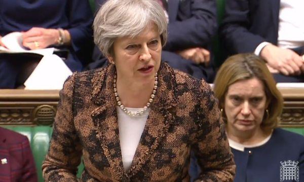 Theresa May stand im Parlament Rede und Antwort. / Bild: APA/AFP/PRU/HO