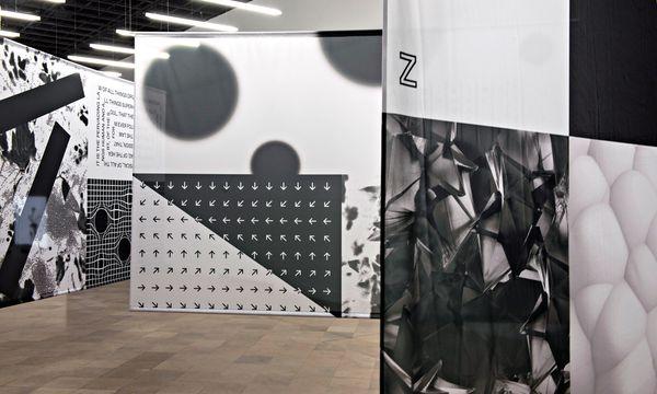 (c) Bartosz Górka Identität in Schwarz und Weiß. Grafikdesigner Maximilian Mauracher hat in seinen Flaggen Bezug auf andere Arbeiten genommen.