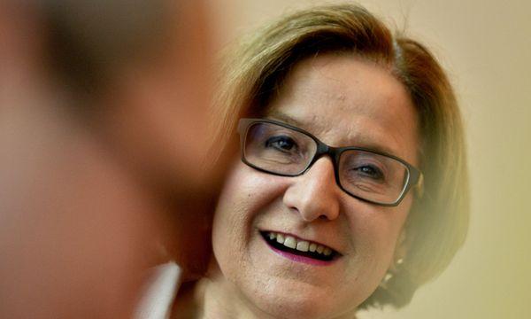 Landeshauptfrau Johanna Mikl-Leitner  / Bild: APA/HERBERT PFARRHOFER
