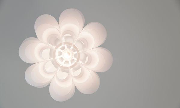 (c) Carolina Frank Bastelarbeit. Puzzlelampen sind nicht schwer – ihr Aufbau ist nicht immer leicht.