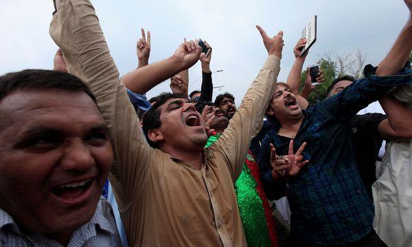 Die Opposition jubelt / Bild: REUTERS
