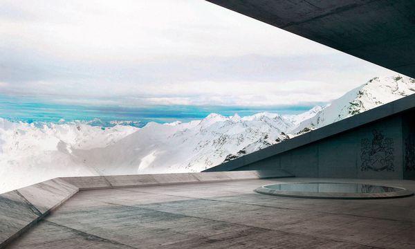 (c) Elements Solden Plaza Render - Featuring James Bond's Family Crest Weit. Ausblicke sowohl zur belebten Gletscherstraße als auch in die stillen Berge bei Vent.