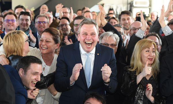 Jubel bei der CDU nach den ersten Ergebnissen. / Bild: APA/AFP/dpa/OLIVER DIETZE