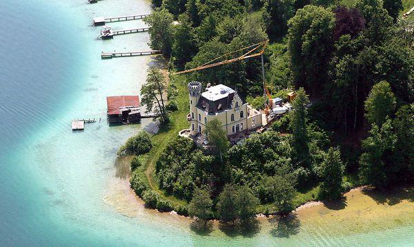 Razzia in Affäre um Stronachs Schloss am Wörthersee / Bild: GEPA pictures