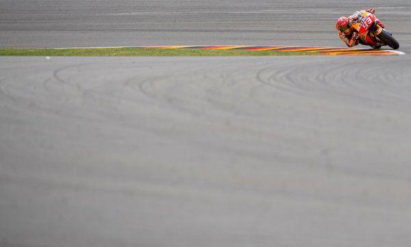 Weltmeister Marc M´arquez sicherte sich im Qualifying vor den Ducati-Piloten Andrea Dovizioso und Jorge Lorenzo die Pole-Position. / Bild: (c) APA/AFP/ROBERT MICHAEL (ROBERT MICHAEL)
