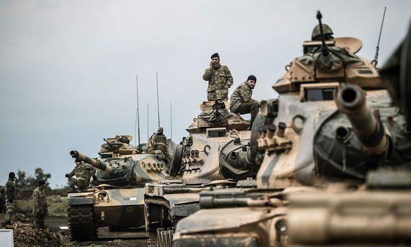 Türkische Panzer in Syrien. (Symbolbild) / Bild: APA/AFP/BULENT KILIC