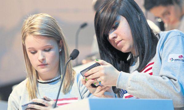 Die digitale Kommunikation ist im Wandel. / Bild: Reuters