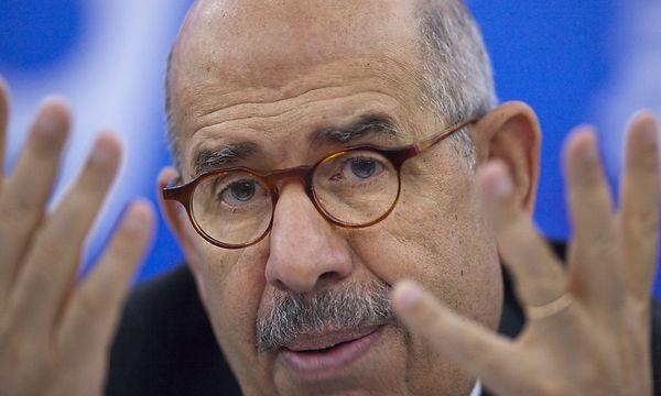 War lange als IAEO-Chef in Wien tätig: Mohamed ElBaradei soll am Nachmittag wieder in Wien eintreffen. / Bild: (c) EPA/ADRIAN BRADSHAW