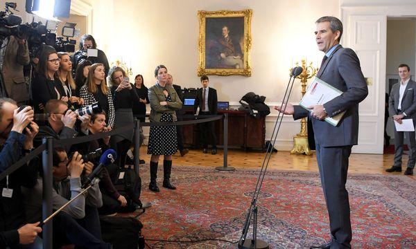 Finanzminister Löger vor Journalisten / Bild: (c) APA/ROLAND SCHLAGER (ROLAND SCHLAGER)