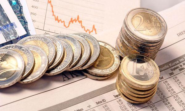 Aktien und Eurogeld / Bild: (c) www.BilderBox.com