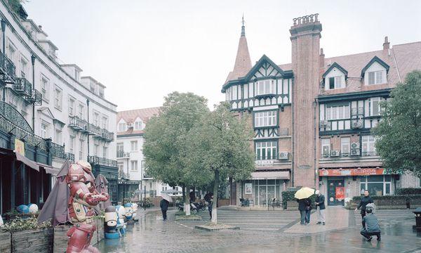 (c) Gregor Sailer Chinesische Kopie. Thames Town  ist die Mimikry-Architektur einer englischen Stadt.
