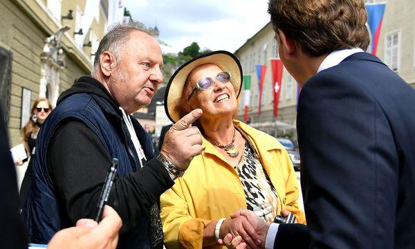 Die ÖVP betont die große Anzahl an Kleinspenden, große Sprünge macht Sebastian Kurz im Wahlkampf aber vor allem dank einiger Großspender. / Bild: APA/BARBARA GINDL