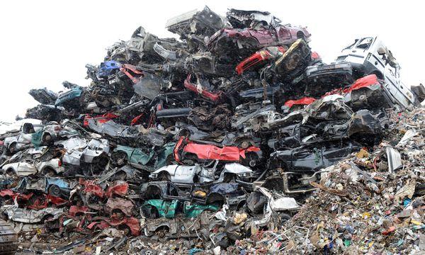 nur jedes f nfte abgemeldete auto wird recycelt. Black Bedroom Furniture Sets. Home Design Ideas