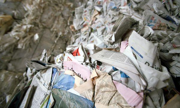 Altpapierentsorgung und Wiederaufbereitung / Bild: www.BilderBox.com