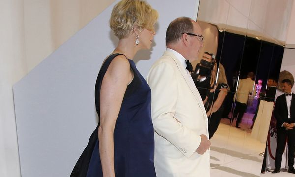 Prince Albert II of Monaco and his wife Princess Charlene arrive at the Red Cross Gala in Monte Carlo / Bild: (c) REUTERS (� Eric Gaillard / Reuters)