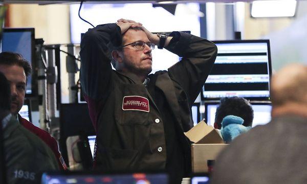 Auch Europas Leitbörsen stürzen ab / Bild: imago/Xinhua