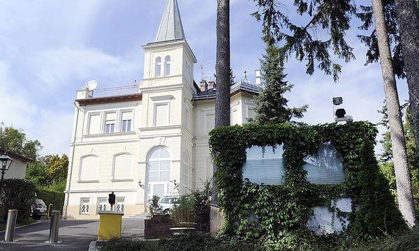 Eine Villa in Wien-Wäring sorgt für Aufsehen. Laut Grundbuch ist sie jedenfalls im Besitz der US-Botschaft. / Bild: (c) APA/HERBERT P. OCZERET