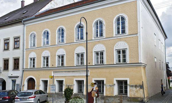 Hitlers Geburtshaus / Bild: (c) Clemens Fabry (Presse)