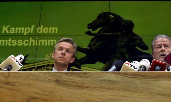 Lopatka; Mitterlehner / Bild: APA/HERBERT PFARRHOFER