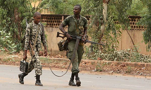 Soldaten der Militärjunta in Mali / Bild: (c) AP (Harouna Traore)
