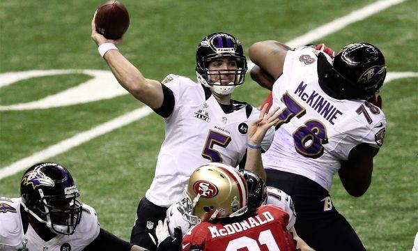 Baltimore-Quarterback Joe Flacco beim Wurf. / Bild: (c) EPA (Dan Anderson)