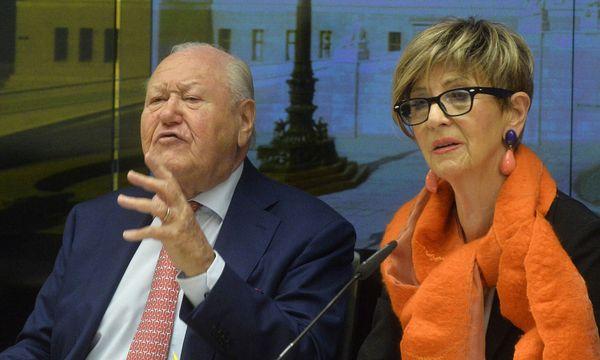 Seniorenvertreter: Karl Blecha (SPÖ) und Ingrid Korosec (ÖVP) / Bild: (c) APA (HERBERT PFARRHOFER)