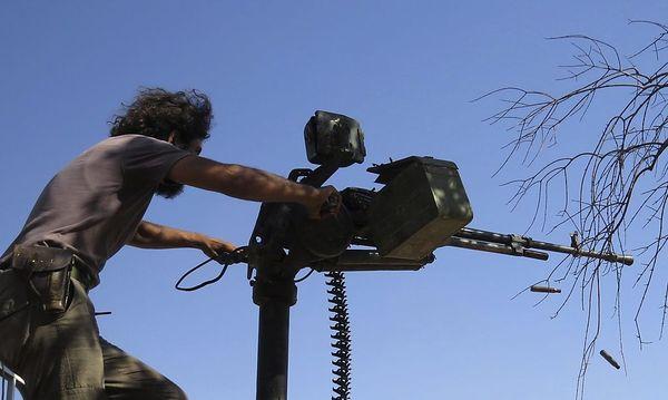 Archivbild: Syrischer Rebell / Bild: REUTERS