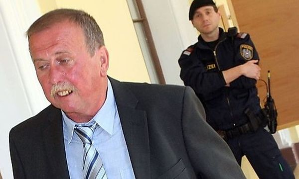 Ludwig Koch bei einem Gerichtstermin im Mai 2008. / Bild: (c) APA (Markus Leodolter)
