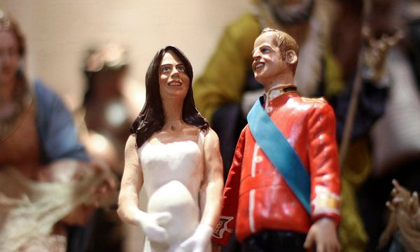 Kate-Figuren in Neapels Krippen / Bild: Reuters