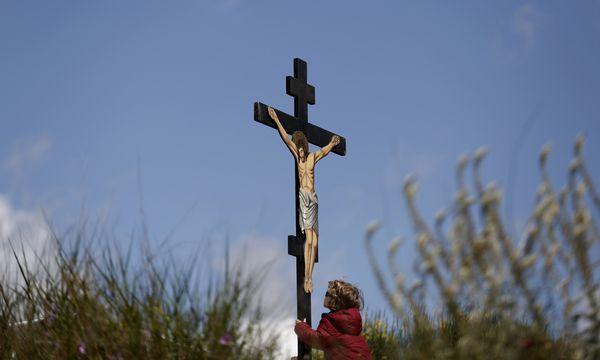 Der Karfreitag ist derzeit nur für Evangelische in Österreich ein gesetzlicher Feiertag. Das könnte unionsrechtswidrig sein.  / Bild: (c) REUTERS (Yorgos Karahalis)