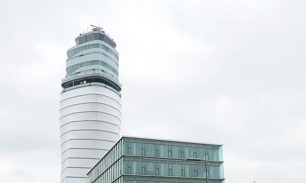 Archivbild: Der Tower in Wien-Schwechat / Bild: Clemens Fabry / Die Presse