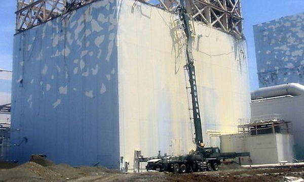 Arbeiten an einem Reaktor von Fukushima Eins / Bild: (c) EPA (Tepco / Ho)