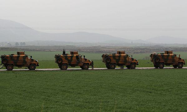 Türkische Panzer in Syrien. / Bild: REUTERS/Umit Bektas
