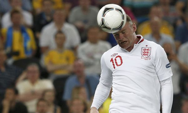 Rooney trifft /