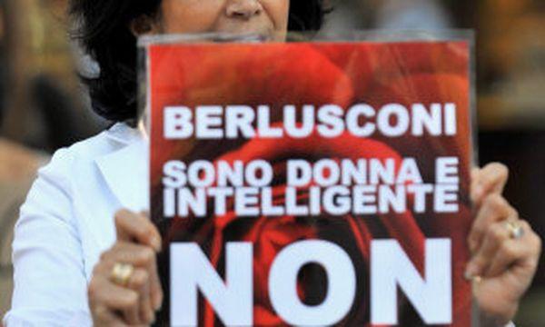 Protest gegen  Italiens Premier Berlusconi  / Bild: (c) EPA/PAUL MILLER