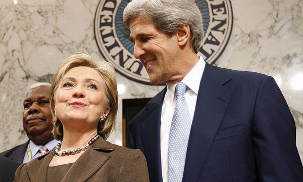 Clinton und Kerry / Bild: (c) REUTERS ( Kevin Lamarque Reuters)