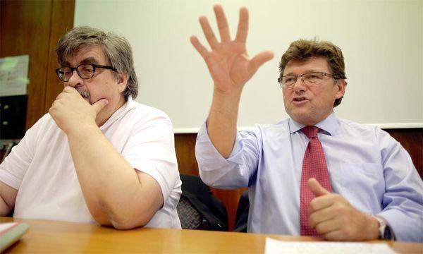 Die Gewerkschafter Rainer Wimmer (rechts), Verhandlungsführer der Pro-Ge, und GPA-Chefverhandler Karl Proyer. / Bild: (c) APA (Georg Hochmuth)