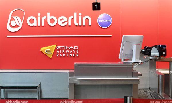 Air Berlin: Flugausfälle wegen Krankmeldungen von Piloten / Bild:  APA/dpa/Tobias Hase