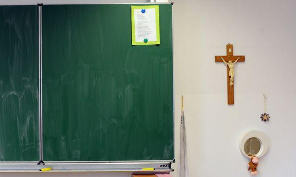 Archivbild - Die Rolle der Kirche im Staat ist Thema des Volksbegehrens gegen Kirchenprivilegien / Bild: (c) Clemens Fabry