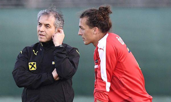 Auch Julian Baumgartlinger bedauert den Abgang von Teamchef Marcel Koller und warnt vor der Ablöse von Sportdirektor Willi Ruttensteiner. / Bild: (c) APA/ROBERT JAEGER