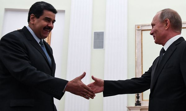 Werden Venezuelas Nicolás Maduro und Russlands Wladimir Putin bald mit Kryptowährungen handeln? Eher nicht.  / Bild: APA/AFP/YURI KADOBNOV