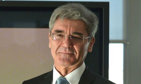 Siemens-Chef Joe Kaeser denkt voraus. / Bild: (c) APA/AFP/ERIC PIERMONT