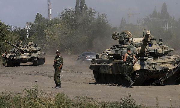 Russische Panzer nahe der ukrainischen Grenze auf einem Archivbild / Bild: REUTERS