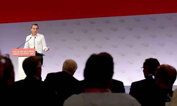 Kanzler Kern beim Bundesparteirat Anfang des Monats / Bild: APA/ROLAND SCHLAGER