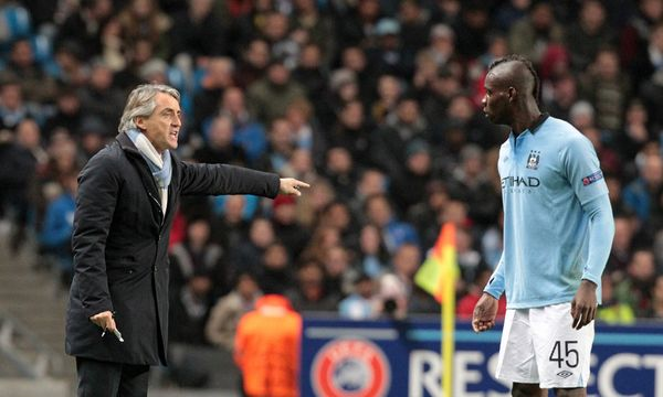 Trainer Roberto Mancini und Mario Balotelli / Bild: (c) EPA (Lindsey Parnaby)