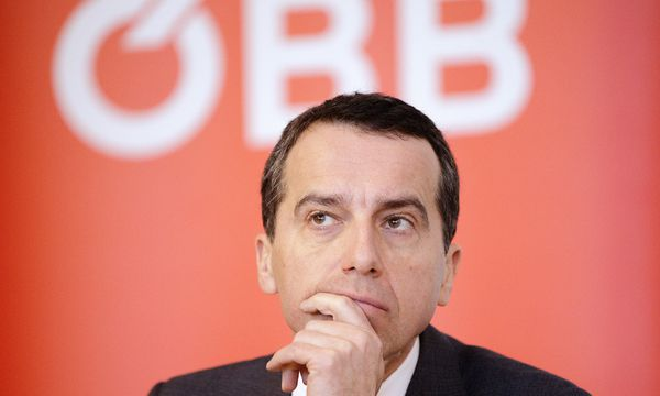 """Bei der ÖBB hängt dir offenbar immer jemand am Wadl"", so ÖBB-Chef Christian Kern zu den Gerüchten im Konzern. / Bild: (c) APA"